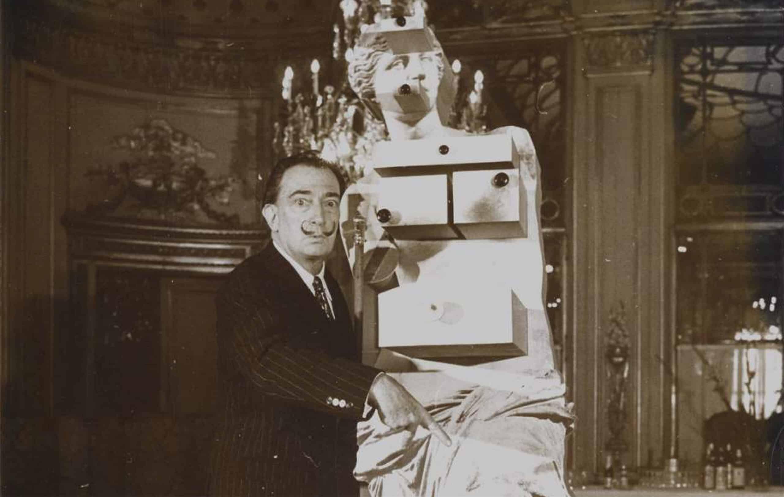 Dalí a Matera: la mostra tra i borghi d'italia