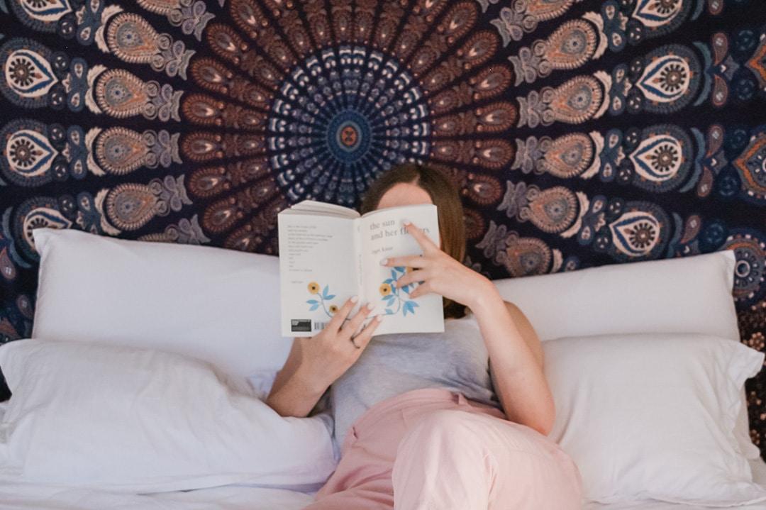 abbinamento colori pareti e mobili in armonia - Ambientha